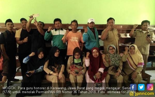 Guru Honorer Mogok Hari Ini, Besok Gelar Aksi Tolak Jokowi - JPNN.com