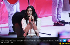 Virzha Atasi Rasa Jenuh dengan Tonton Video The Beatles - JPNN.com
