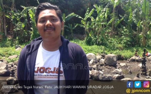 Mahasiswa UGM Ini Namanya Dobrak Tirani Tegak Nurani - JPNN.com