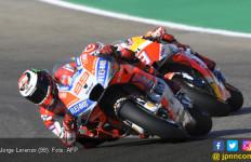 Jorge Lorenzo Start Terdepan di MotoGP Aragon, Rossi ke-18 - JPNN.com