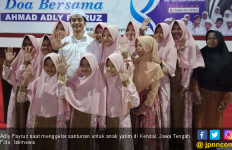 Kampanye Perdana, Adly Fayruz Pilih Santuni Anak Yatim - JPNN.com