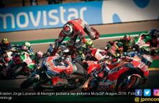 Lorenzo Sebut Marquez Penyebab Insiden di MotoGP Aragon - JPNN.com