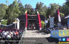 Suhu Dingin, Ratusan Pendaki Tetap Naik ke Puncak Gunung Lawu - JPNN.com