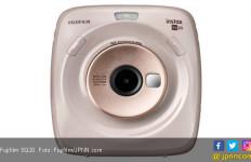 Kamera Instax Fujifilm Square SQ20 Solusi dari SQ10 - JPNN.com