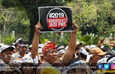 Honorer K2 Malut Desak Jokowi Batalkan CPNS 2018 - JPNN.com