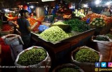 Harga Bahan Pokok di Pasar Mulai Meroket - JPNN.com
