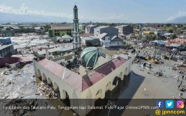 Keajaiban dari Tsunami Palu, Tenggelam tapi Selamat - JPNN.com