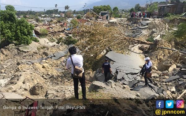 Terbenam Lumpur Saat Gempa, Selamat karena Kabel Listrik - JPNN.com