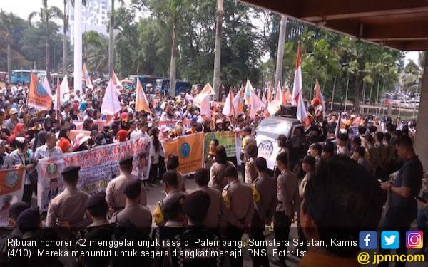 Giliran Ribuan Honorer K2 Sumatera Selatan Bergerak - JPNN.com