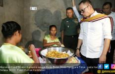 Menteri Hanif Terharu Kunjungi Desa Kantong TKI di NTT - JPNN.com