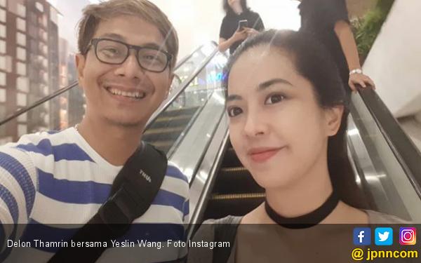 Delon Tetap Berjuang Meski Istri Ngotot Cerai - JPNN.com