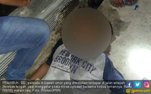 Bocah Mabuk Sampai Pingsan di Jalan, Bikin Susah Ortu Saja - JPNN.com