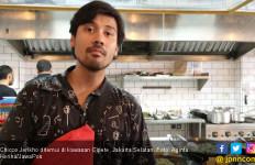Chicco Jerikho Nikmati Peran Sebagai Ayah - JPNN.com