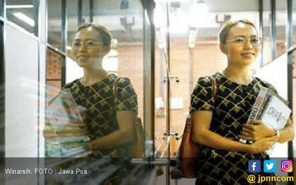 Perjuangan Mantan TKI yang jadi Wisudawan S-2 Terbaik - JPNN.com