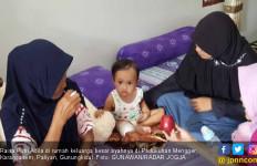 Raisa si Balita 19 Bulan, Kehilangan Ayah, Kaki Diamputasi - JPNN.com