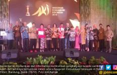 Kominfo Beri Penghargaan Untuk 9 Tokoh & Lembaga Komunikasi - JPNN.com