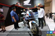 Honda Kembangkan Teknologi HUD di Africa Twin dan CBR500R - JPNN.com