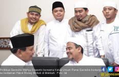 Jokowi Lebih Baik Urus TKI yang Bermasalah Ketimbang Pikirkan Kepulangan Rizieq - JPNN.com