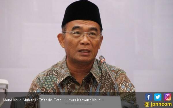 Mendikbud Serahkan Soal Tes PPPK ke Menteri Syafruddin - JPNN.com