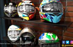 Astaga, Dokter di India Pakai Helm Motor untuk Lindungi Diri dari Corona - JPNN.com