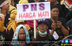 Hai Bapak Ibu Pimpinan Honorer K2, Ayo Kembali ke Visi Awal Perjuangan - JPNN.com