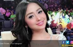 Dewi Perssik Siapkan Hadiah Spesial buat Bang Ipul, Apa ya? - JPNN.com