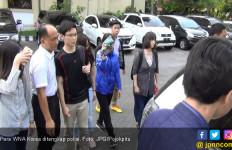 Oppa Korea Diamankan Imigrasi Surabaya di Kampus - JPNN.com