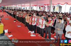 Ribuan Warga Bandung Doakan Korban Lion Air - JPNN.com
