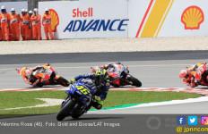 Valentino Rossi Hancur Lebur Usai Gagal di MotoGP Malaysia - JPNN.com