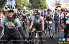 Sepeda Nusantara Etape Buleleng Diiringi Gamelan Ble Ganjur - JPNN.com
