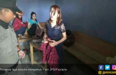 Lakukan Razia, Satpol PP Diomeli Pemandu Lagu Karaoke - JPNN.com
