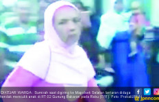 Sumirah Tiba-Tiba Berjilbab, Warga Jadi Curiga - JPNN.com