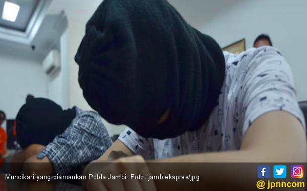 Polisi Bongkar Prostitusi Online Bertarif Wow di Muaro Jambi - JPNN.com