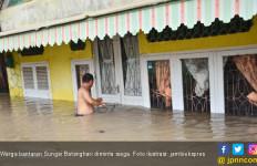 Sungai Meluap, 250 Rumah Terendam Banjir di Batanghari - JPNN.com