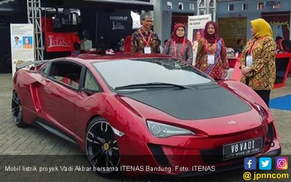 KPBB Desak Percepatan Aturan Mobil Listrik, Helloo Indonesia Masih Mati Lampu - JPNN.com