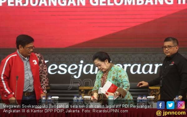 Megawati Kesal Setiap Bicara Tiongkok Dituduh PKI - JPNN.com