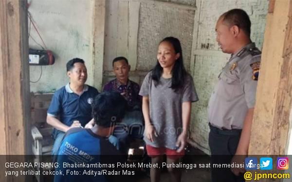 Mbak Riska dan Pak Kirno Bersitegang Gara-gara Pisang - JPNN.com