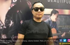 Sandhy Sondoro Persembahkan Album Baru untuk Mendiang Adik - JPNN.com
