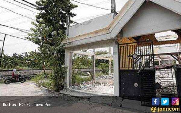 Uang Ganti Rugi Buat Berangkat Haji - JPNN.com