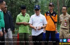Tinjau Lokasi Banjir, Bupati Azwar Anas: Ayo Kerja Cepat - JPNN.com