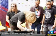 Megadeth Lelang Gitar untuk Donasi Korban Gempa Palu - JPNN.com