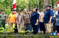 Masyarakat Sumatera Selatan Terima SK Perhutanan Sosial - JPNN.com