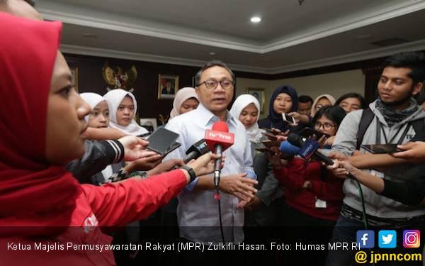 Zulkifli Hasan Bukan Tamu Gelap, Kok Disoraki di HUT PDIP - JPNN.com