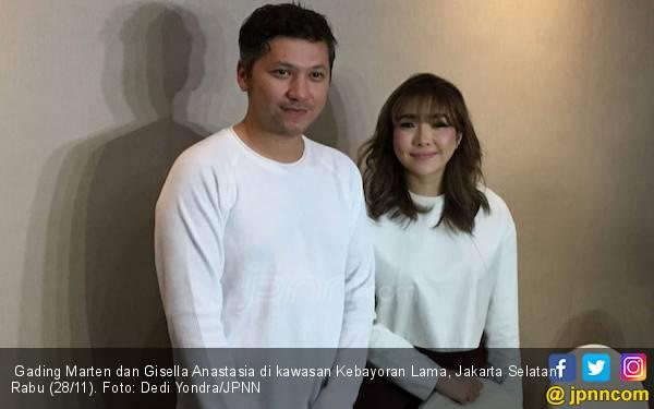 Gisel Tidak Masalah Main Film Bareng Gading Marten - JPNN.com