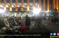 Reuni 212: Pedagang Bendera Tauhid Gelar Lapak di Istiqlal - JPNN.com