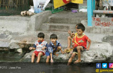 Jangan Main di Pinggiran Sungai, Bahaya - JPNN.com