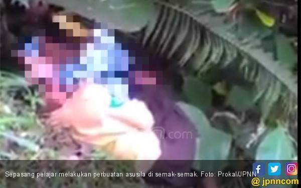 Video Panas Pelajar: Siswi SMP Ternyata Digilir 2 Pria - JPNN.com