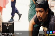 Bikin Iklan Kocak Lagi, Dimas Djay Parodikan Film Suzzanna - JPNN.com