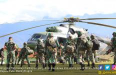 Jenazah Prajurit TNI Korban Penembakan KSB Diterbangkan ke Timika - JPNN.com