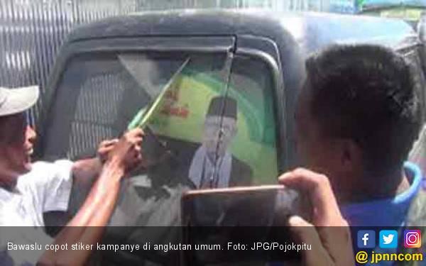 Bawaslu Pusat Instruksikan Copot Stiker Kampanye di Angkot - JPNN.com